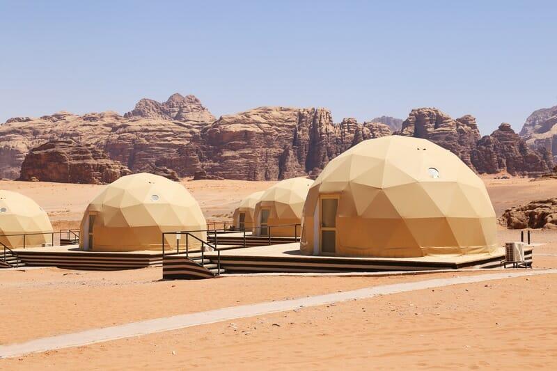 Glamping-tents-in-Wadi-Rum-Jordan-3